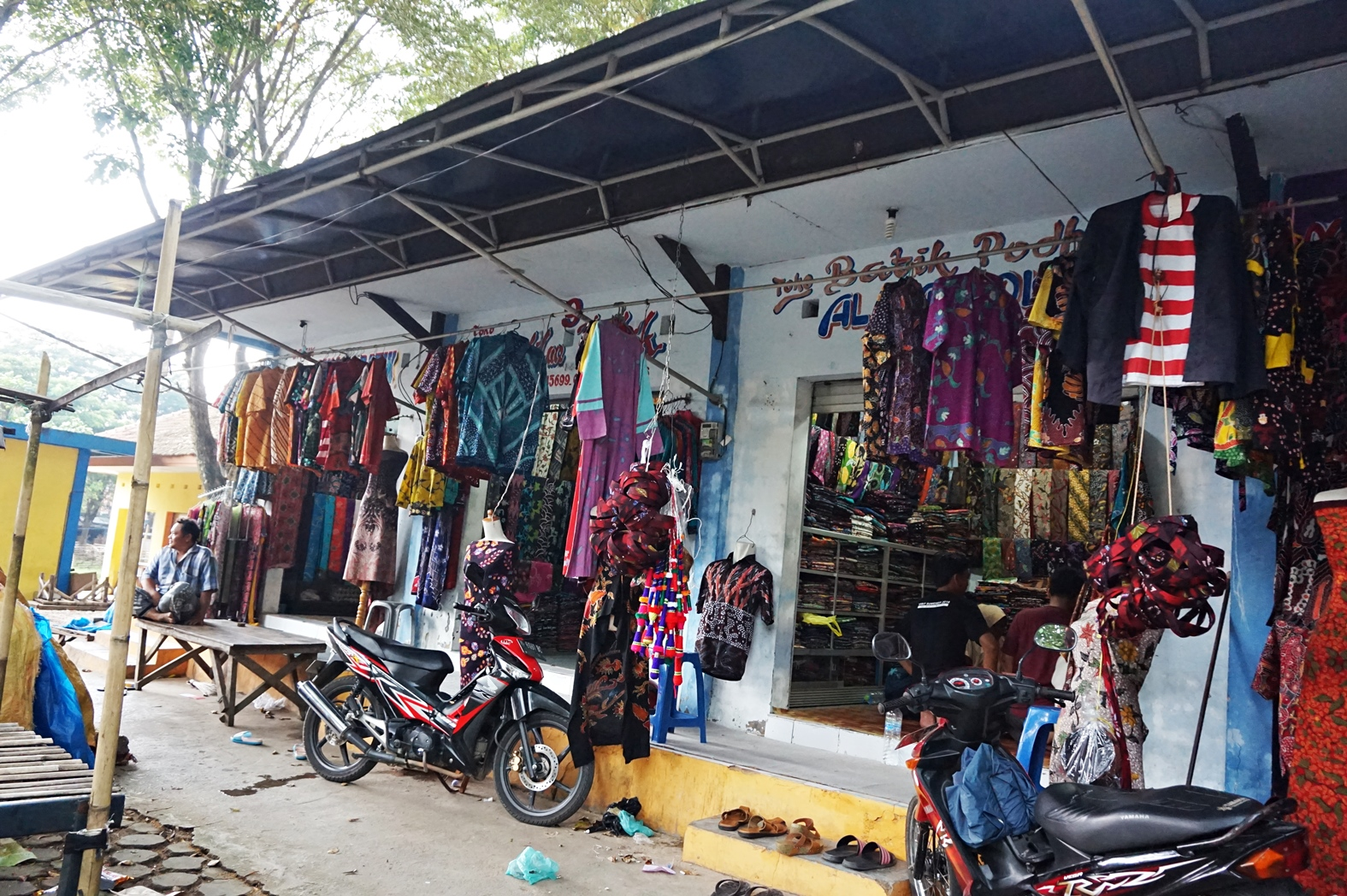 Berburu Batik Pamekasan Di Kios Batik Pasar 17 Agustus Pamekasan